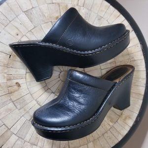 Born Black Leather Clogs Size 6
